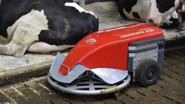 Intelligent Technology Smart Farming – Robot Farming, Cow Milking Machine, Feeding, Cleaning