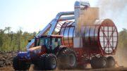 World Amazing Intelligent Technology Automatic Peat Artificial Turf Mega Machines Vacuum Harvester