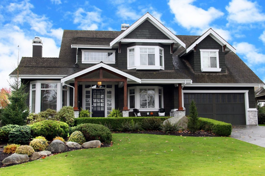 The 15 Best Curb Appeal Tips Buy Install And Maintain
